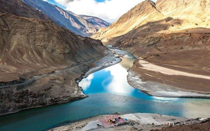 Confluence of Zanskar and Indus rivers - Leh Ladakh Tour