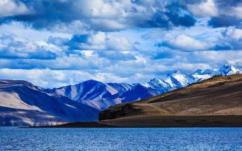 Serene Pangong Tso - Leh Ladakh Tour