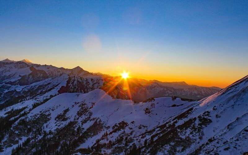 Sunrise from Kedarkantha Peak