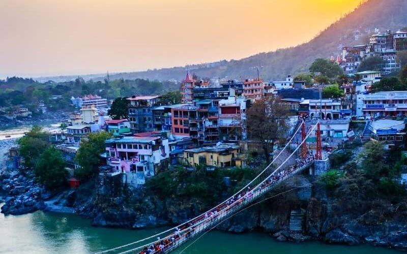 Laxman Jhula, Rishikesh - Kedarnath Badrinath Tour