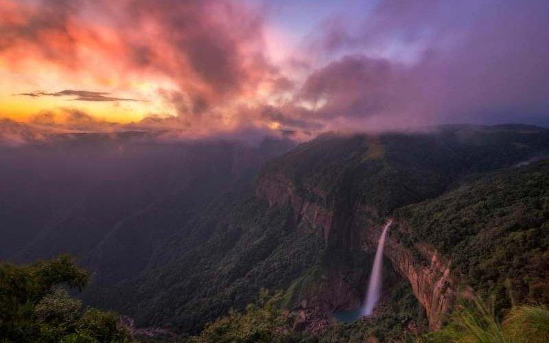Nohkalikai Falls - Meghalaya Tour Package