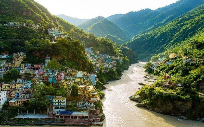Devprayag - Confluence of Alaknanda and Bhagirathi rivers