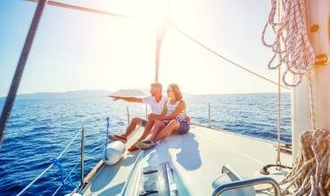 Cruises & Yachts